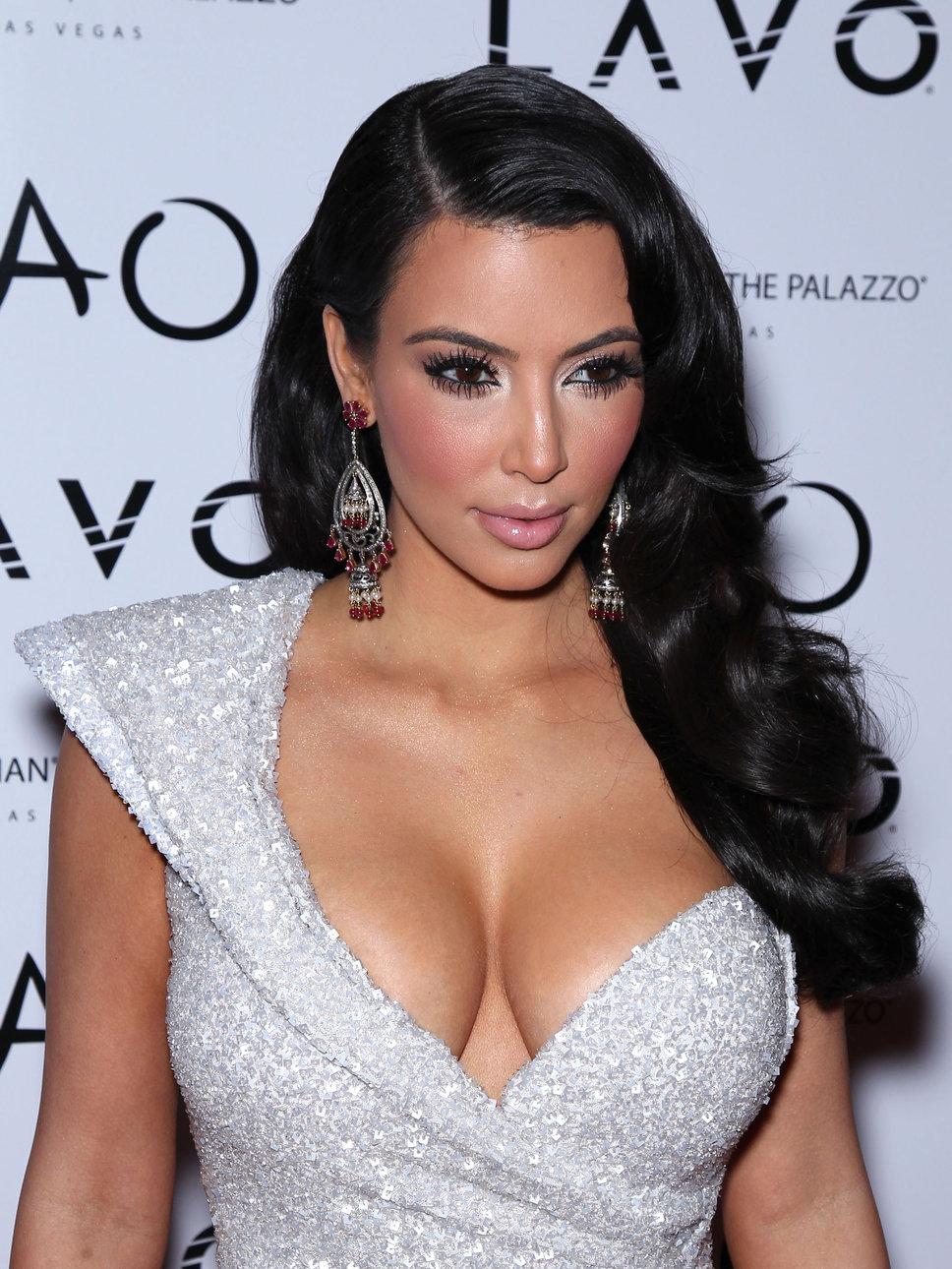 Kim Kardashian pourra divorcer si elle s   excuse   Cameroun