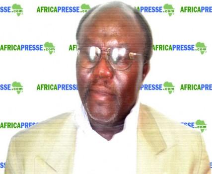 Pr Moses Nyongwa, Ph.D. Spécialiste en Négociations et commerce international
