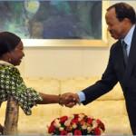 Susan Waffa-Ogoo, ministre des Affaires étrangères de la Gambie et Paul Biya