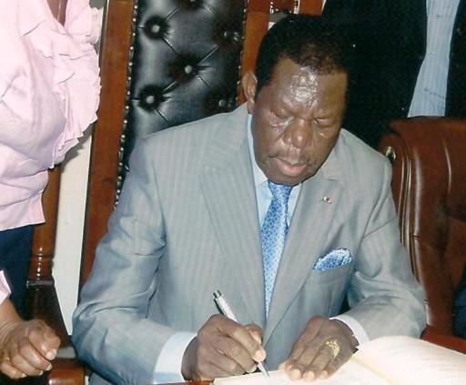Cameroun Comment Les Milliardaires De L Ouest Ont Voulu