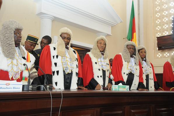 Cameroun dipanda mouell fait la chasse aux magistrats for Haute juridiction