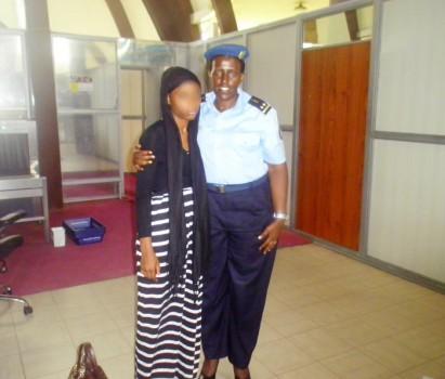 Aéroport de Bujumbura : quelques minutes après l'arrivée de l'adolescente accueillie par le Commandant de la police des mineurs
