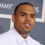"Rihanna: ""Chris Brown s'autodétruit"""