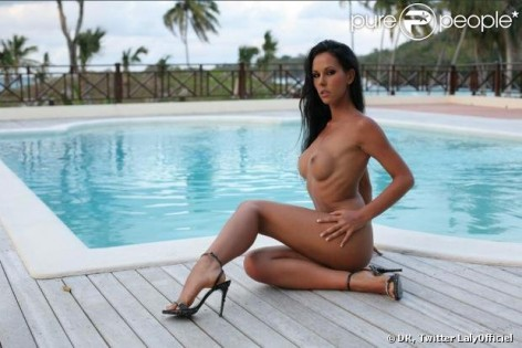 Les photos voles de Vanessa Hudgens nue et seins nus