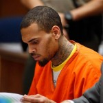 "Chris Brown se sent comme ""un animal en cage"" en prison"