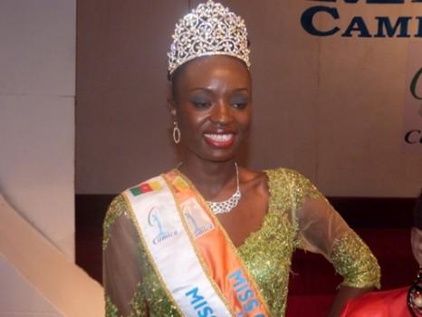 Larisa Ngangoum a été sacrée Miss Cameroun 2014 vendredi soir au Palais des congrès de Yaoundé