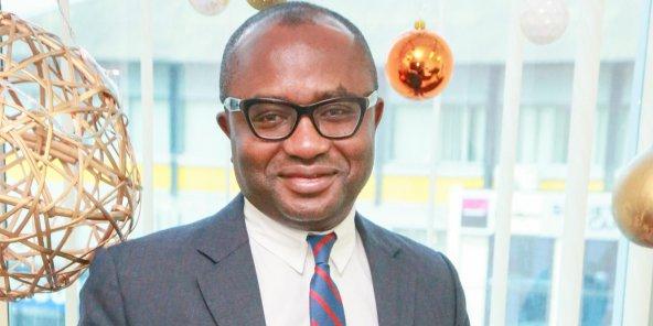 Paul Jing, le Camerounais, diplômé de Harvard, est également passé par l'université de Yaoundé et la Nigerian Law School de Lagos.