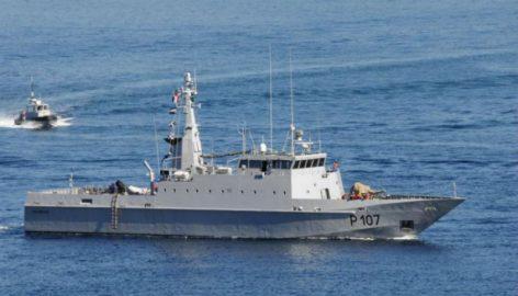 Le Dipikar en rade de Toulon l'été dernier