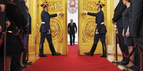 Si l'Oeil de Moscou a vécu, les « muscles » du président russe en séduisent plus d'un.
