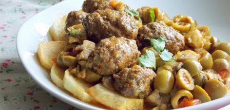 Tajine-de-boulettes-viande-hachée