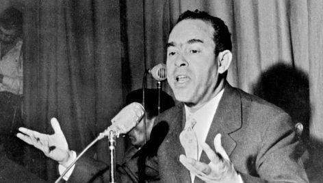 Mehdi Ben Barka en janvier 1959 lors d'une conférence à Casablanca.