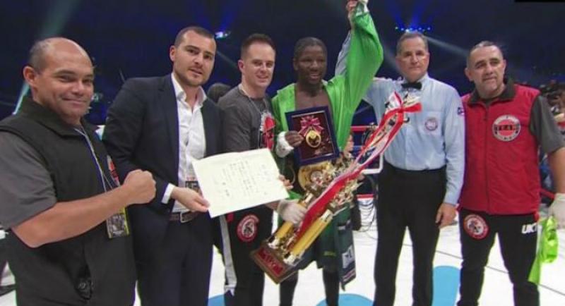 Hassan N'Dam, champion du monde WBA des poids moyens