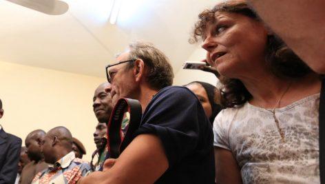 Ghislaine Dupont et Claude Verlon, le 30 juillet 2013 lors d'une conférence de presse au Mali. © RFI/Pierre René-Worms