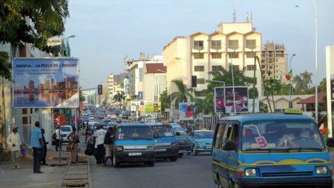 Vue du boulevard du général de Gaulle à Pointe-Noire au Congo. © Creative commons CC BY-2.0 David Stanley
